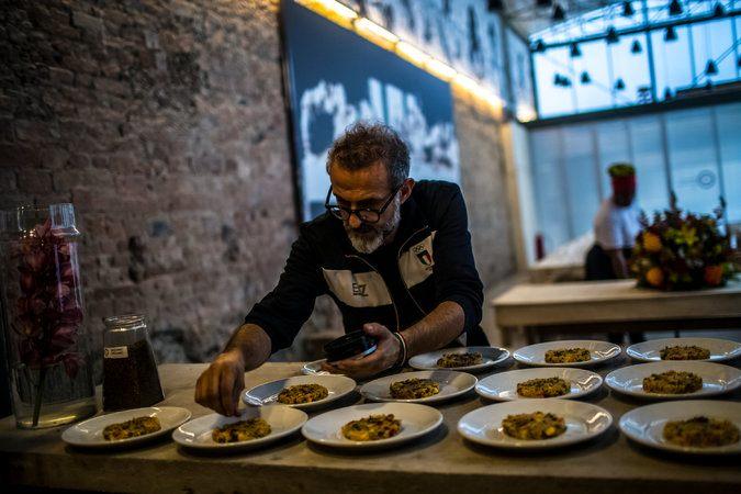 Rio: pasti gourmet gratuiti per senzatetto